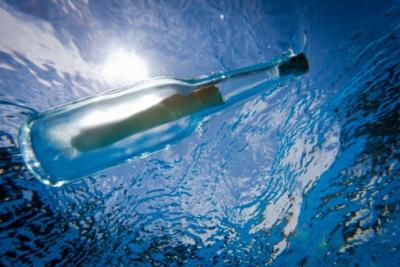 Message in a bottle underwater